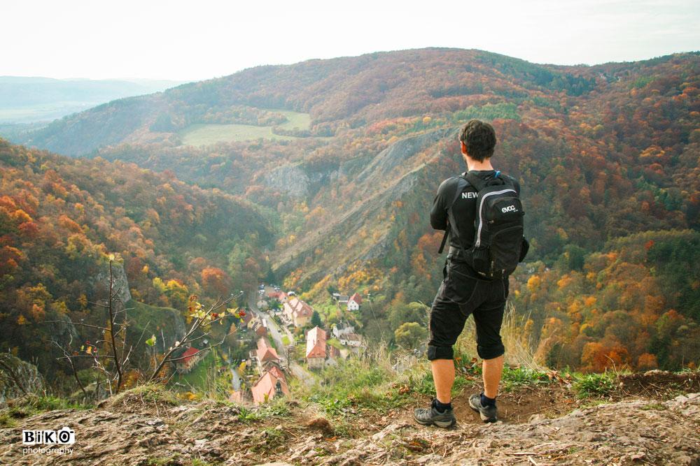 Hiking-in-Karlstejn-by-BIKO-21