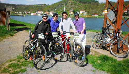 mountain-bike-and-beer-prague