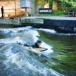 River-surfing-Prague 12