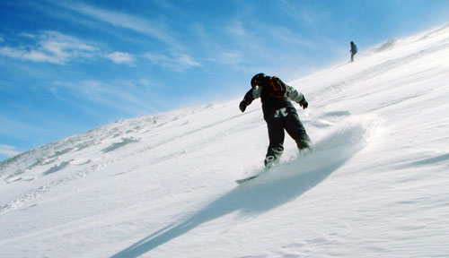 Skiing-and-snowboarding-tours-czech-republic-2