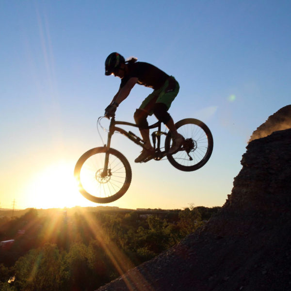 MTB, road bike, e-bike & outdoor tours in Prague. Bike rental.