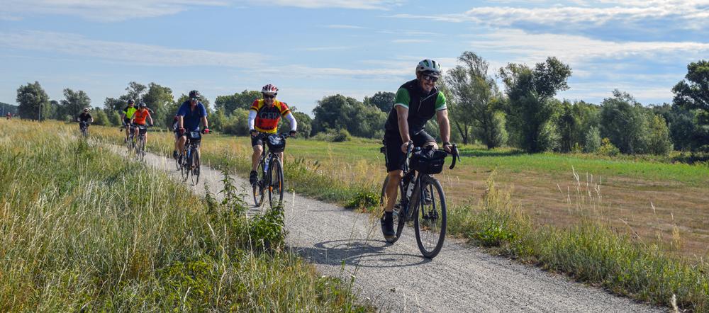 bike holidays prague berlin